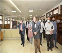 محافظ أسيوط يلتقي مدير صندوق مكتبات مصر العامة