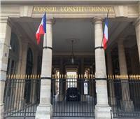 المجلس الدستوري الفرنسي يصدق على بطاقة الصحة والتطعيم الجباري