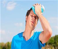 مع ارتفاع درجات الحرارة.. تعرف على أعراض الإصابة بضربة الشمس