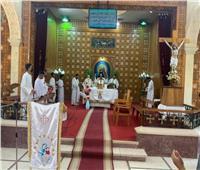 نائب بطريرك الكاثوليك  يترأس قداس مؤتمر التربية الدينية بكفر الدوار