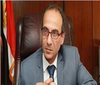 هيئة الكتاب تصدر قرارا بتولي أحمد عبد اللطيف رئاسة تحرير سلسلة الجوائز