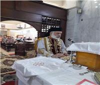 الأنبا باسيليوس يترأس القداس الإلهي بكنيسة مار جرجس بـ«بني مزار»