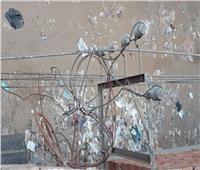 استغاثة مواطنة بكفر الشيخ من انقطاع الكهرباء والسبب ..أكياس القمامة
