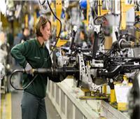 بريطانيا تدخل سباق صناعة البطاريات الصلبة للسيارات الكهربائية