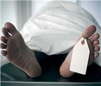 عجوز يرفض موت زوجته..«ظلت في الفراش 4 أيام بأوسيم»