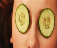 الخيار والبطاطس لتجنب الهالات السوداء تحت عينيك