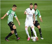 انطلاق مباراة ريال مدريد وبيتيس في الليجا الإسبانية