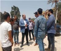 نائب محافظ الجيزة يتفقد أعمال الرصف والتطوير بطريق سقارة السياحي