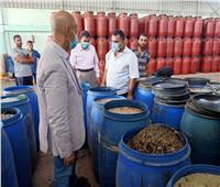 إعدام 12 طنا من المخللات واللحوم بمصنعبالزقازيق والقنايات