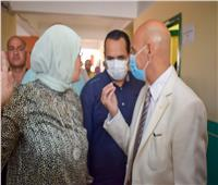تطعيم العاملين بمدرسة الزنكلون الثانويةفي الشرقية بلقاح كورونا
