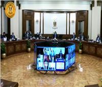 «مدبولي» يوجه بسرعة الانتهاء من المفاوضات الخاصة بإنتاج لقاحات كورونا بمصر