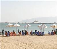 «شاطئ السوايسة».. ملاذ الأهالي ورحلات اليوم الواحد خلال الصيف