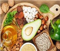 5 أطعمة تناولها يحافظ على توازن الهرمونات بالجسم