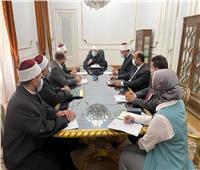 وزير الأوقاف يناقش مع قيادات القطاع الدينى الخطة الدعوية