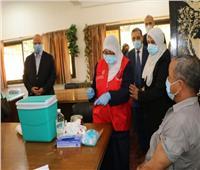 محافظ القاهرة يتفقد انتظام أعمال تلقي العاملين بالقطاع التعليمي للقاح كورونا