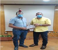 «صحة السويس» تكرم مدير المستشفى العام لجهوده مع مصابى حادث أتوبيس شرم الشيخ