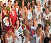 في بريستول البريطانية.. نساء «يتزوجن» من أشجار