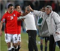 عمرو زكي يعلق على اقتراب تولى «المعلم» لقيادة المنتخب الوطني