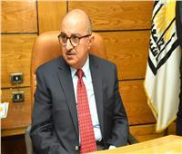 رئيس جامعة أسيوط: صرف مبلغ مالي لكافة العاملين وإعفائهم من أية خصومات