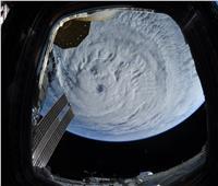 التقاط صور مرعبة لبؤرة إعصار «لاري» من الفضاء