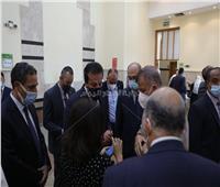 وزير التعليم العالي: الدولة توفر اللقاح لكوادر الجامعات المصرية بالمجان
