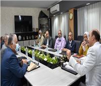 محافظ أسوان يشرف على مسابقة اختيار مديري الإدارات التعليمية