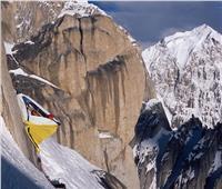 أعلى قمة بأوروبا.. هنا يستريح متسلقو أصعب الجبال   صور