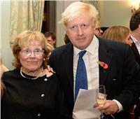 وفاة والدة رئيس وزراء بريطانيا بوريس جونسون