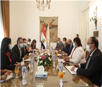 وزيرا السياحة والثقافة يبحثان وضع استراتيجية للترويج السياحي والثقافي لمصر
