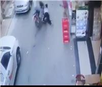 «كشفه مقطع فيديو».. القبض على المتهم بدهس سيدة وطفلة بالغربية
