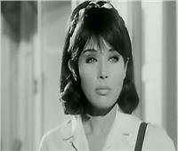 لبنى عبد العزيز تكشف سر «طقاطيق» منزلها.. سرقة أم هدايا؟| فيديو
