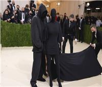 كيم كارداشيان تخرج عن صمتها وترد على منتقدي إطلالتها في حفل الـ Met Gala