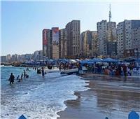 بعد ارتفاع الأمواج.. 6 شواطئ آمنة للسباحة بالإسكندرية| صور