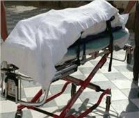أب وأم يقتلان ابنهما أثناء تأديبه لسوء سلوكه بمصر القديمة