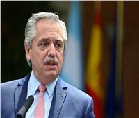 وسط أزمة سياسية.. رئيس الأرجنتين يعلن تشكيل حكومة جديدة