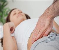 أبرزها الغثيان وآلام بالبطن.. أعراض «الزائدة» عند النساء