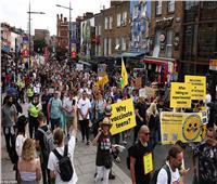 احتجاجات في بريطانيا من أجل الخطط الحكومية لمنح الأطفال «لقاحات كورونا»