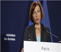 بسبب أزمة الغواصات.. فرنسا تلغي لقاء وزيرالدفاع مع نظيره البريطاني