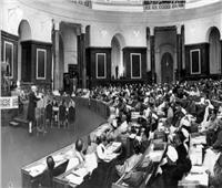 «مخبول» يقتحم مجلس الشعب الهندي ويشترك في مناقشة السياسة العامة