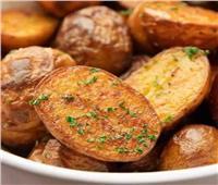 أطيب طبخة  بطاطس مشويه متبلة بالثوم و الأوريجانو بالفرن