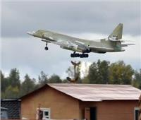 اختبار جوي لقاذفة «تو-160 إم» الاستراتيجية المطورة | فيديو