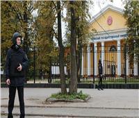 روسيا تكرم الشرطي الذي ألقى القبض على منفذ هجوم جامعة بيرم
