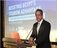 «العنانى» يناقش مستجدات الخطة الاستراتيجية المتكاملة للسياحة بمصر