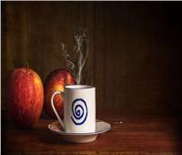 أيهما يساعدك على التركيز؟ تفاحة أم كوب قهوة