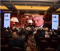 زاهي حواس يلقي محاضرة عن الاكتشافات الأثرية بملتقى شرم الشيخ