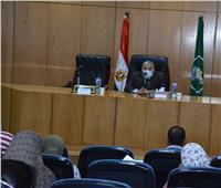 محافظ المنيا: تسليم قروض صغيرة ومتوسطة لـ 65 منتفعا من السيدات المعيلات والشباب