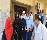 محافظ الشرقية يفاجئ مستشفى الصوفية بأولاد صقر لمتابعة سير العمل