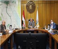 «سعفان» يناقش مشروع ربط العاملين المصريين بالخارج مع المكاتب العمالية