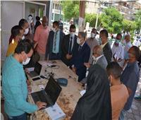 محافظ المنيا يوجه بالمتابعة الميدانية لتطبيق الإجراءات الوقائية والاحترازية