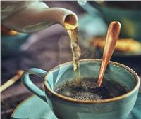 يقي من الزهايمر.. فوائد الشاي للدماغ